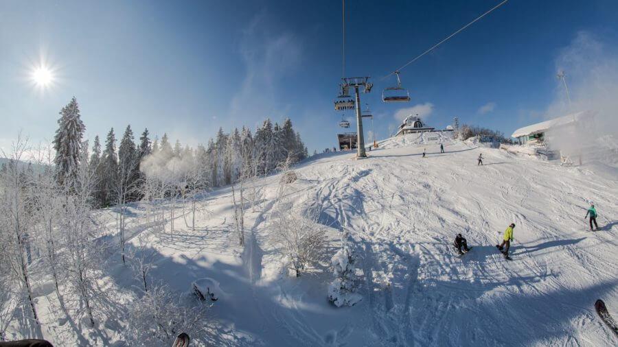 Slalomhang im Skigebiet Kappe Winterberg