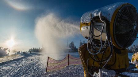 Schnee in Winterberg machen im Skiliftkarussell