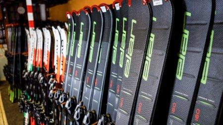 Ski Rental Winterberg mit Ski, Snowboard und Rodel