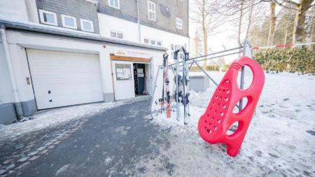 Im Hostel Erlebnisberg Kappe beim Skiverleih Bremberg Brinkmann Ski leihen